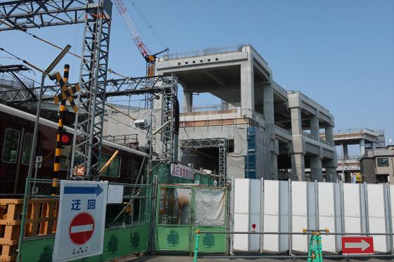 阪急淡路駅工事中05