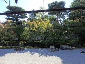 開山塔の庭