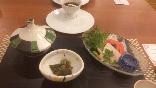 旬菜 雲丹豆腐素麺添え・鶏胸肉昆布〆・地野菜と水雲 甘長唐辛子