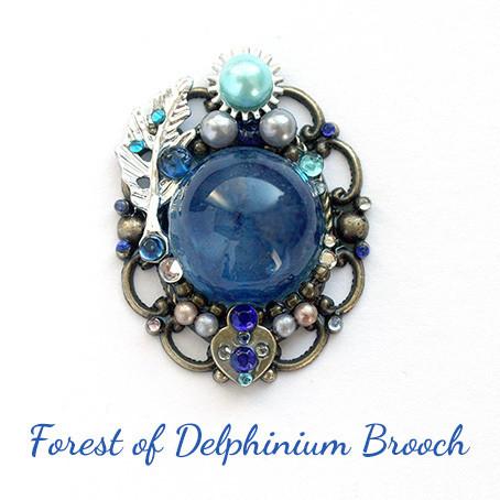 デルフィニウムの森・ブローチ