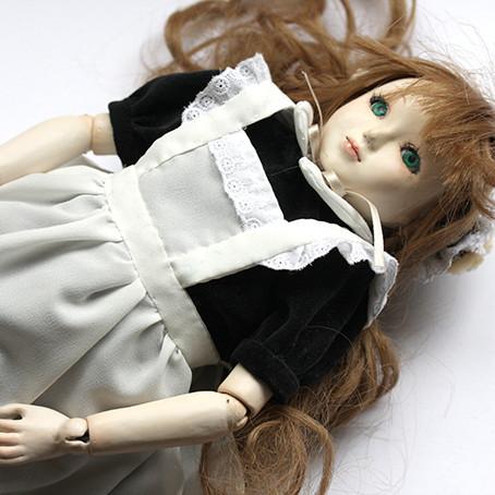 球体関節人形の泥子