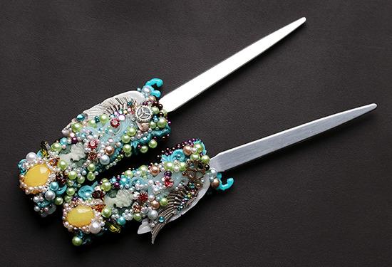 両断のサモセク・ペーパーナイフ
