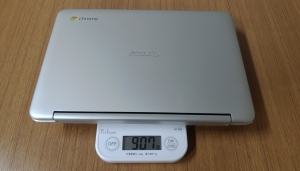 Chromebook ケース重さ2