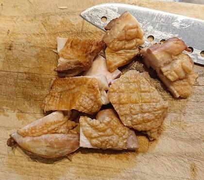 くん製づくしの香り高きネオ親子丼5