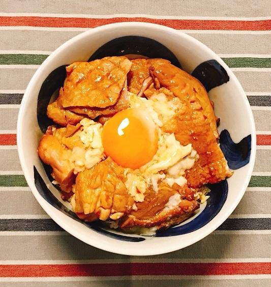 くん製づくしの香り高きネオ親子丼8