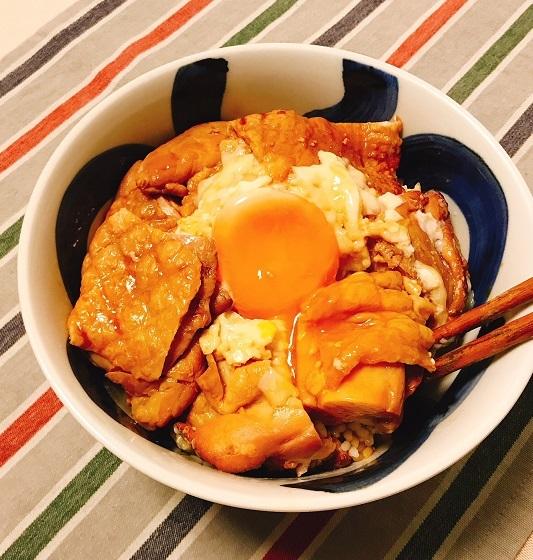 くん製づくしの香り高きネオ親子丼10