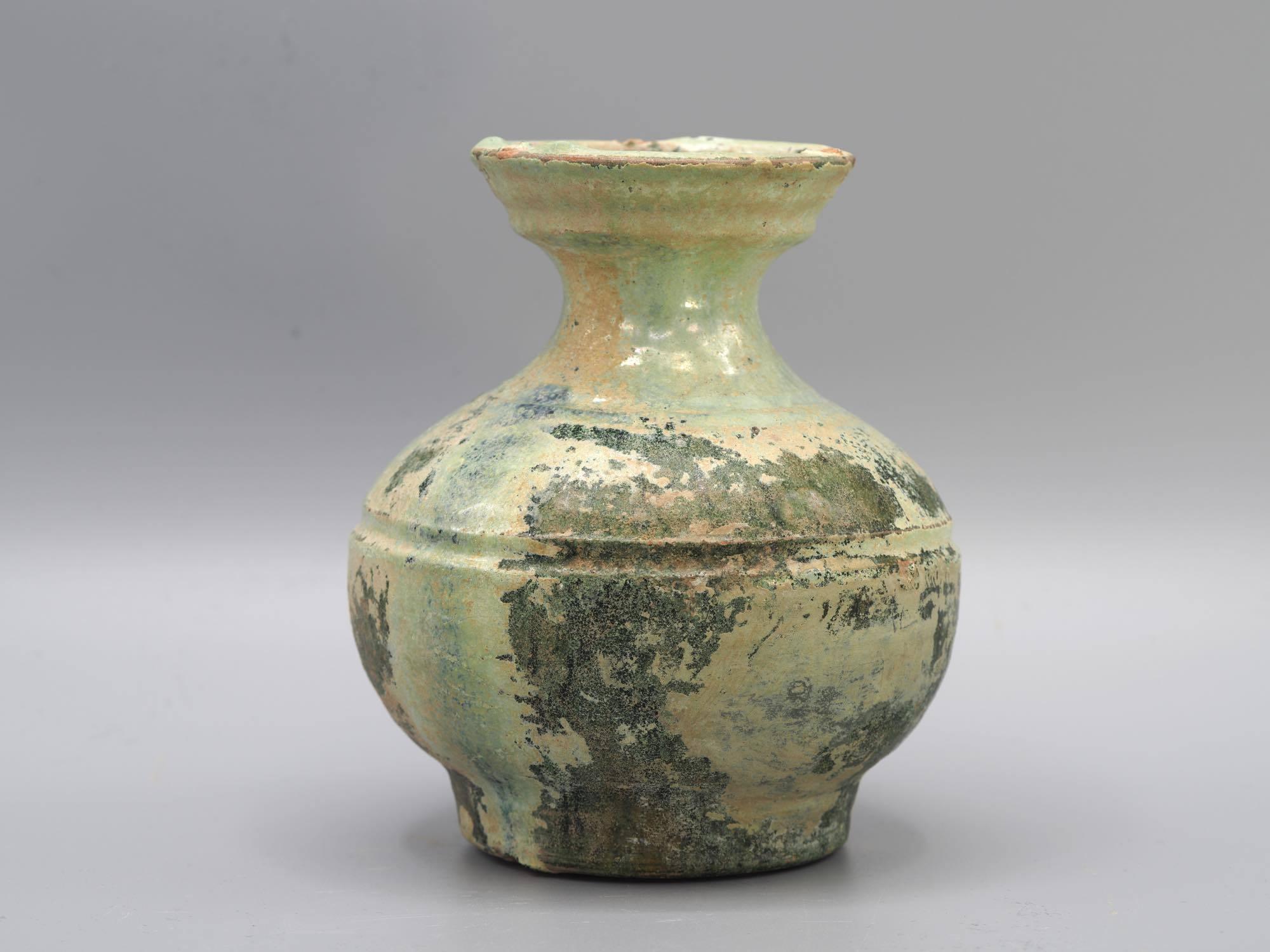 th_緑釉銀化壺1