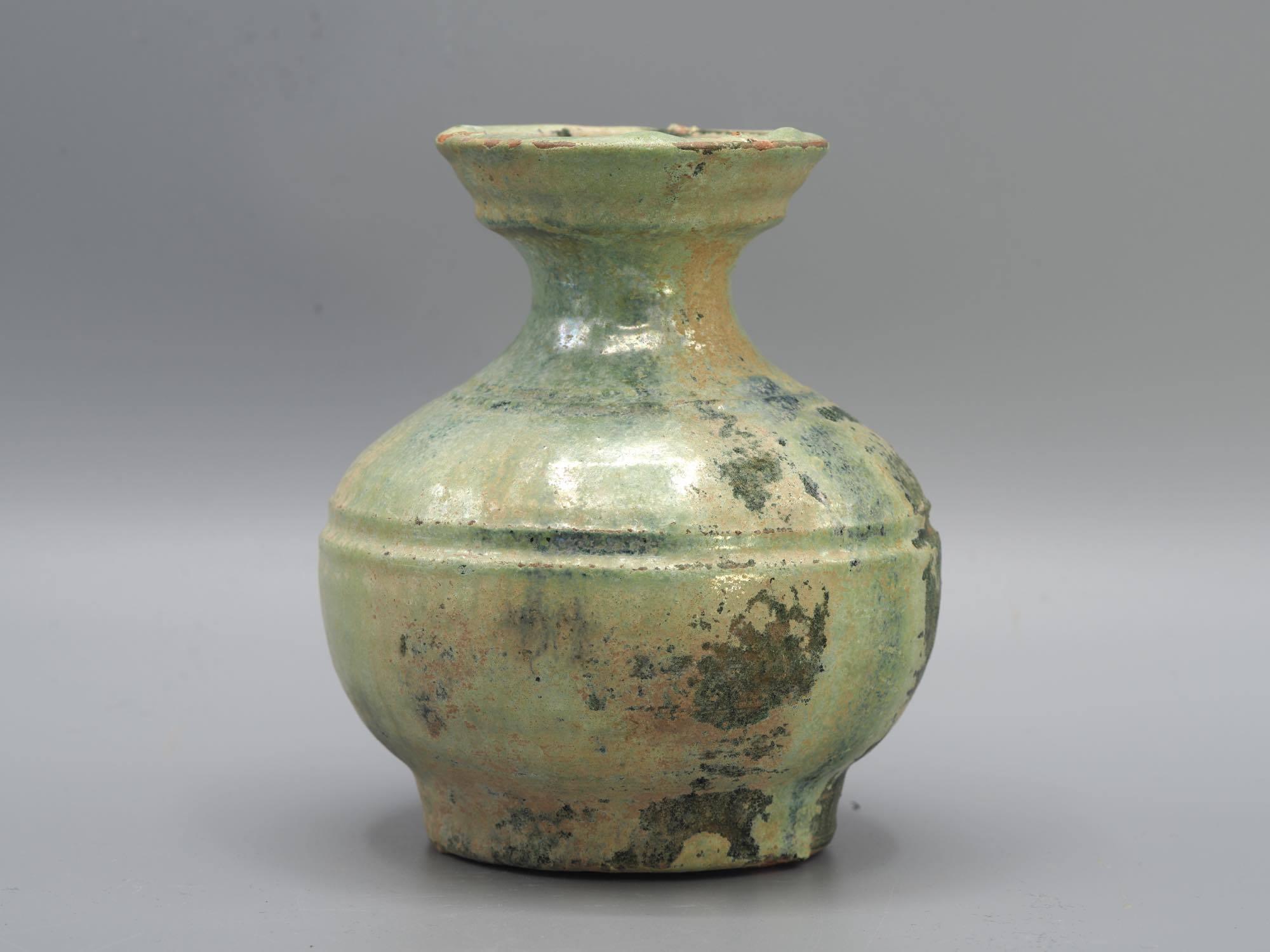 th_緑釉銀化壺2