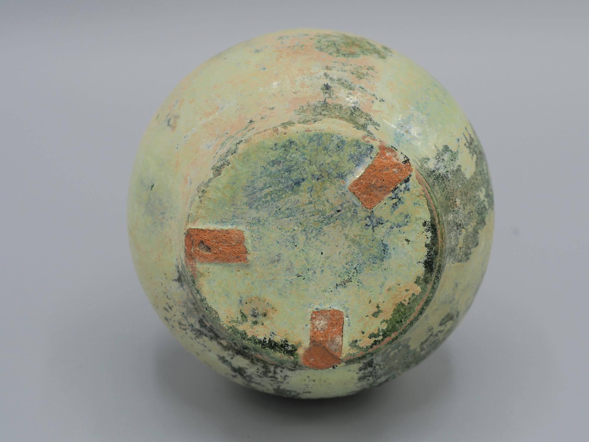 th_緑釉銀化壺15