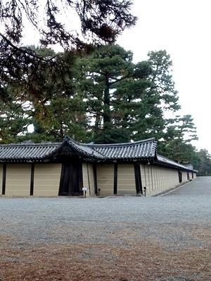 京都御所鬼門の塀1812
