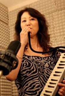 ジャズピアニストEVAのブログ-メロディオン演奏