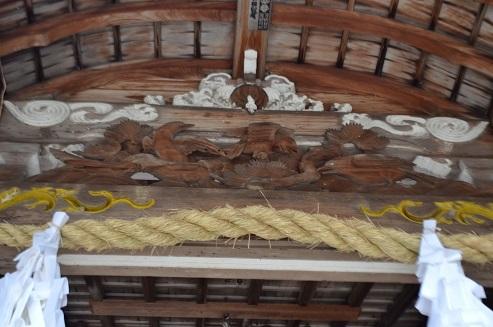 湯泉神社カラス