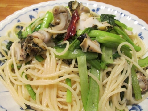 灯台ツブと小松菜のパスタ2