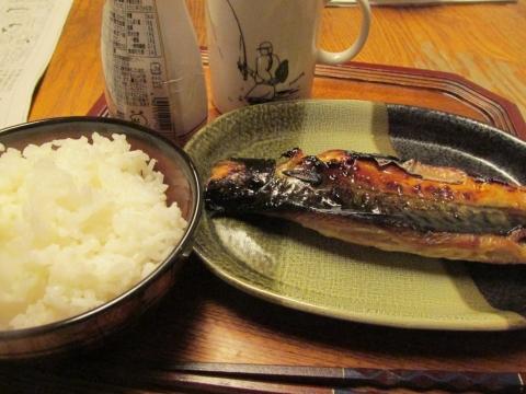 サバの文化干し焼き朝ご飯