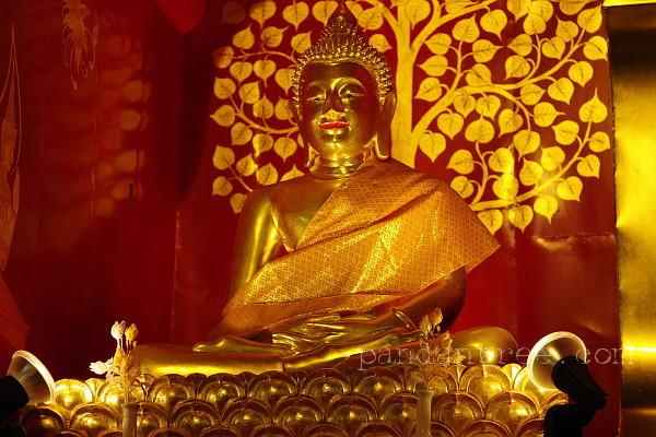 タイ仏像の蓮華座