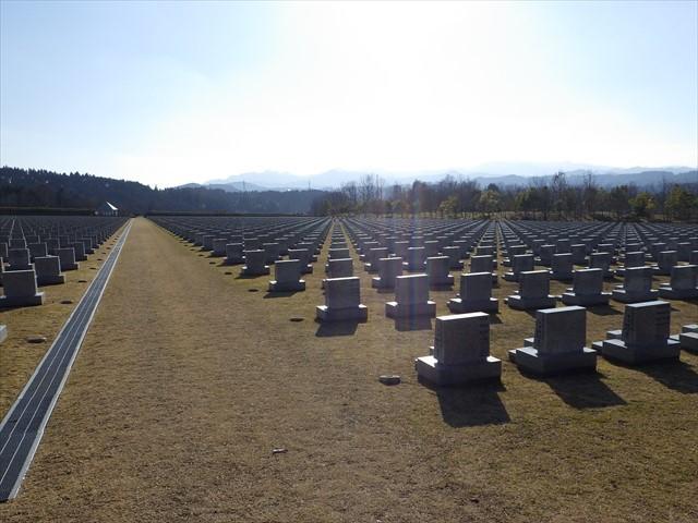 天ケ瀬の墓苑