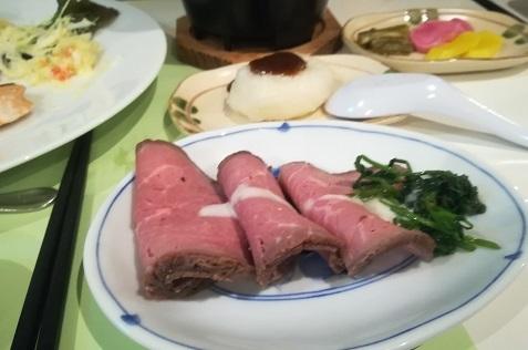 16 夕食の料理