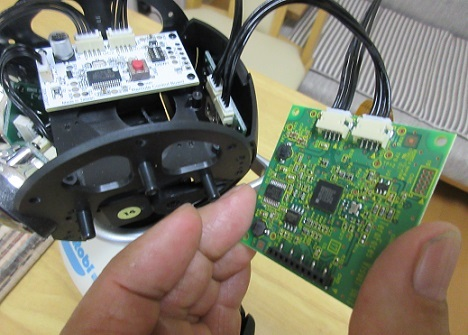 8 画像処理ボードをRTCからのケーブルへ接続