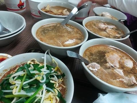35 台湾の庶民食堂の料理