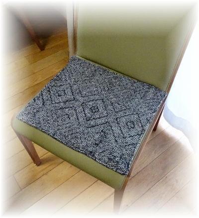 椅子敷き3-1