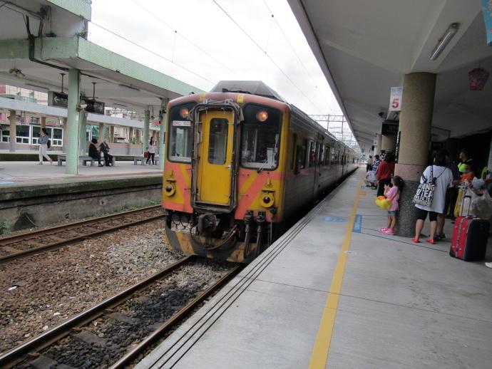 180928列車 (2)
