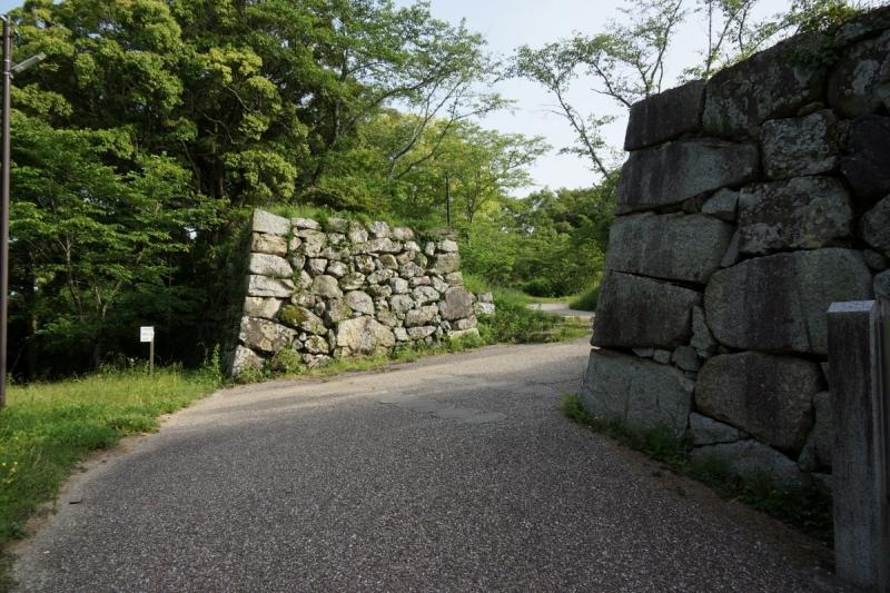 10本丸門 (1200x800)