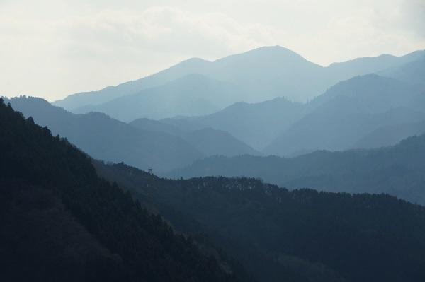 南山より三ノ塔