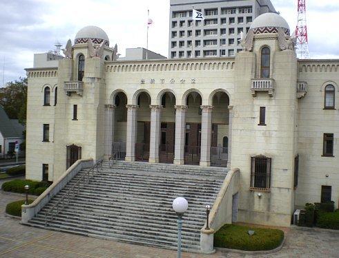 豊橋市公会堂1