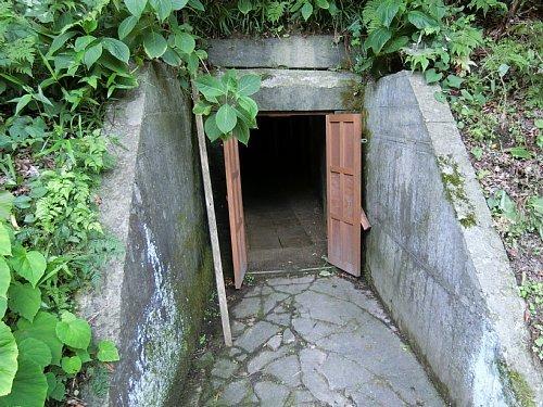 興福寺・洞窟