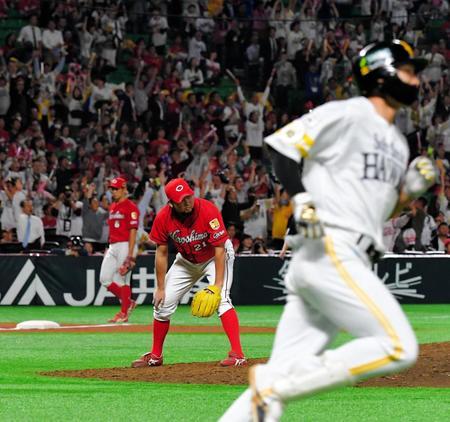 2018.11.1 日本シリーズ第5戦 延長10回無死、柳田がサヨナラ弾を放つ