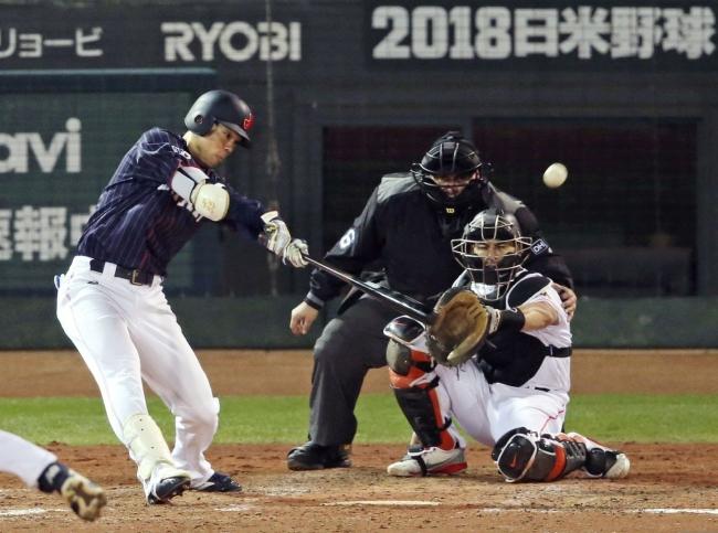 2018.11.13 侍ジャパン-MLB選抜第4戦 マツダスタジアム 侍ジャパン 秋山 ランニングホームラン