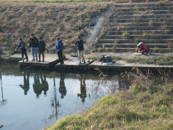 子ども釣り師達