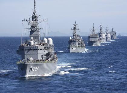 防衛省が今年10月に開く海上自衛隊の観艦式に韓国海軍を招待せず … 韓国駆逐艦による海自哨戒機への火器管制レーダー照射問題が解決せず溝