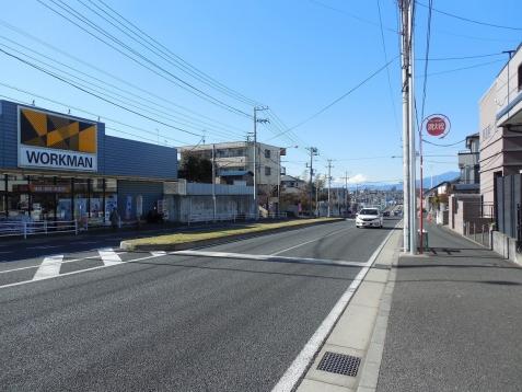 ワークマン上飯田店の前から見た富士山@横浜市泉区a