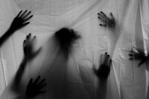 hands-3777403__340.jpg