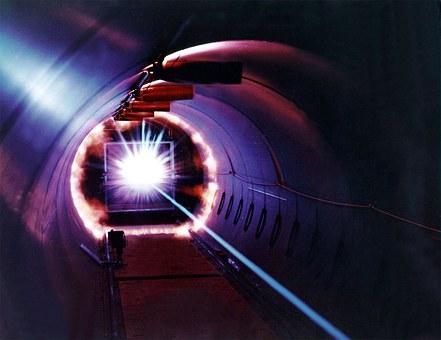 laser-11646__340.jpg