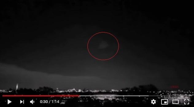 【アメリカ】ペンタゴン上空に三角形の形状をした「謎の物体」が出現…最近UFO目撃少ないけど、地球に来なくなった理由でもあるのか?
