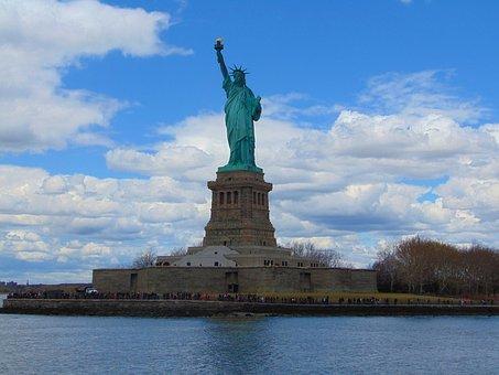 us_statue-1712966__340.jpg