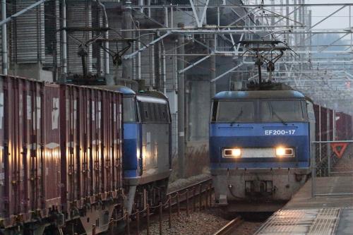 EF200-17代走・2081レ+EF200-19代走・2072レ 東福山駅