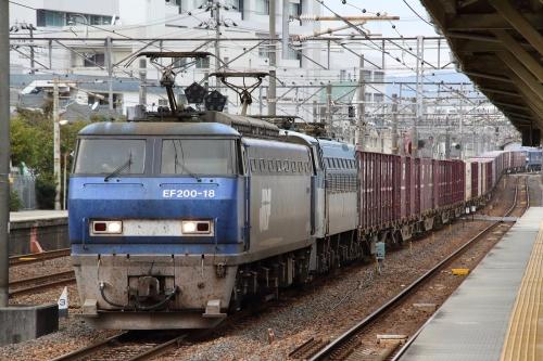 EF200-18代走+無動力EF66 105+後補機EF210-314・2072レ 向洋駅