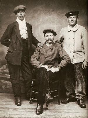 workers-1905s.jpg