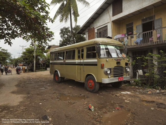 ミャンマー ヤンゴンの路地