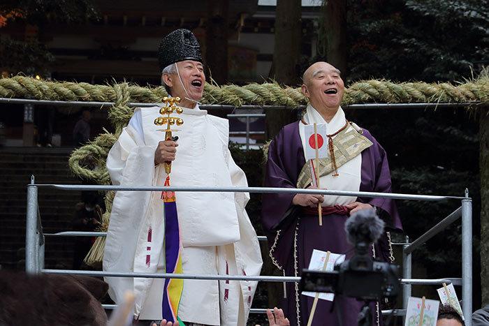 枚岡神社 お笑い神事1