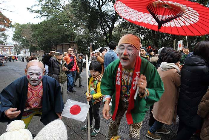 枚岡神社 お笑い神事4