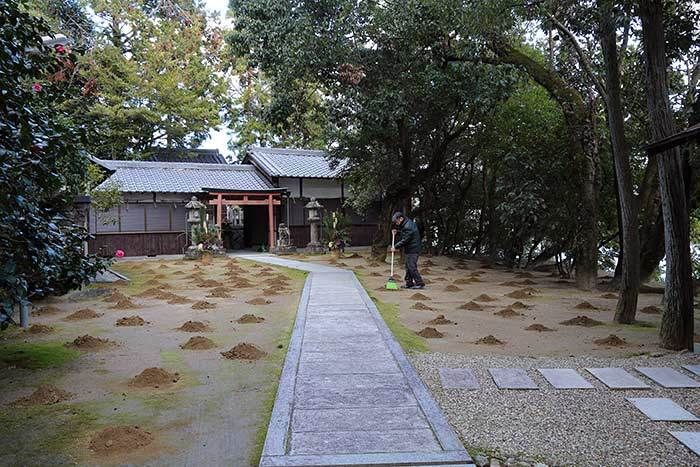 釣殿神社 砂モチ 2018