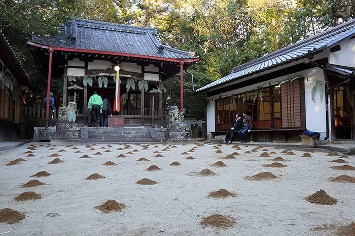 佐紀神社(西畑) 砂モチ3