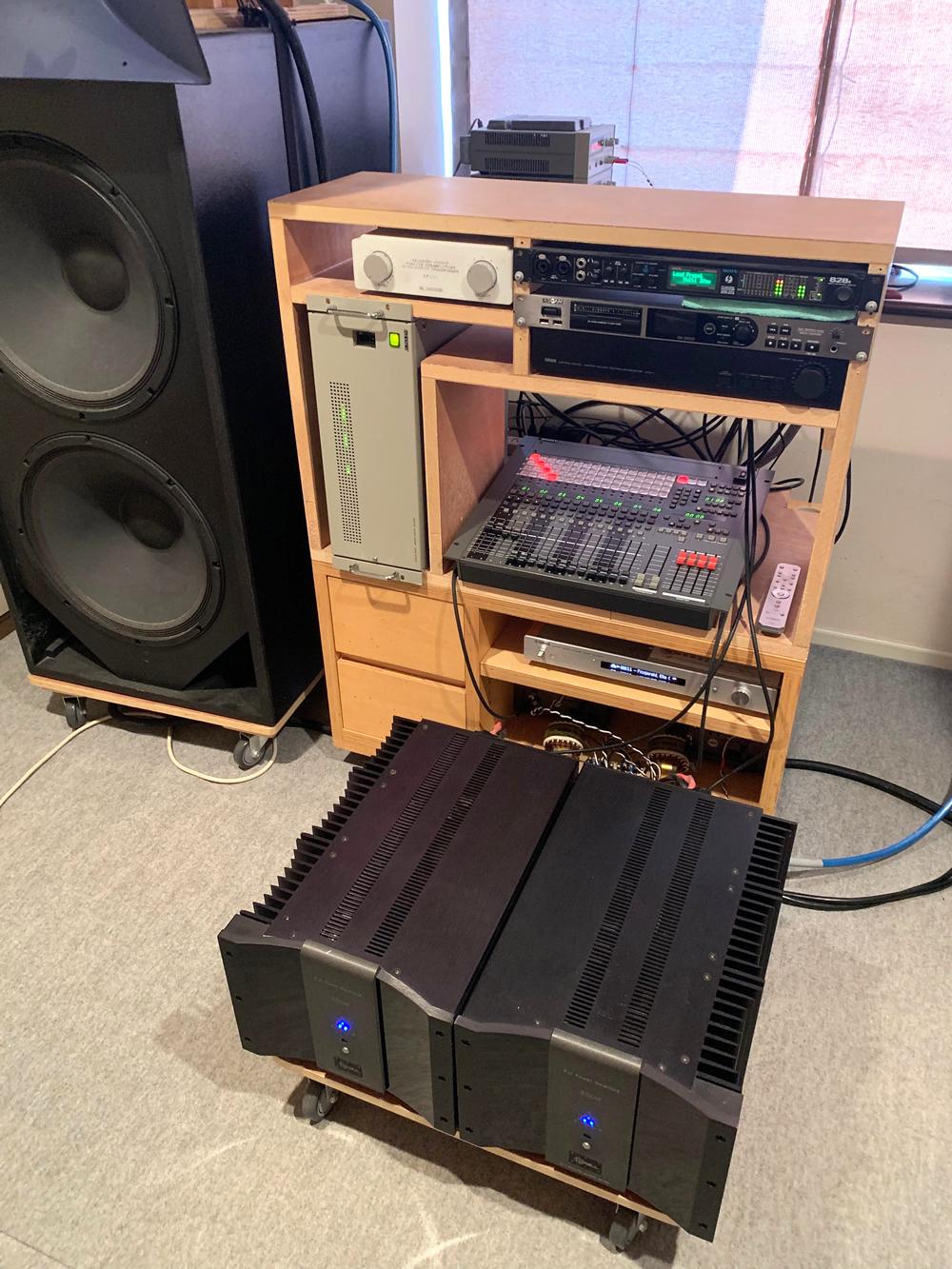 DMX-E3000-10.jpg