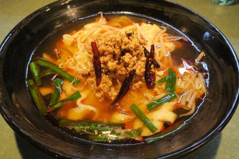 雲隆(台湾刀削麺)