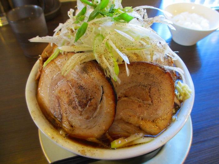 ふじの新津 肉キングコング