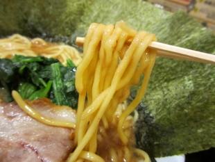 豚シャモジ 豚ソバ海苔増 麺